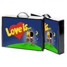 """Кейс с носками """"Love is"""""""