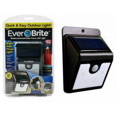 Ночник на солнечной батарее с датчиком движения Ever Brite