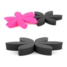 Спонж для макияжа (черный) 6 лепестков