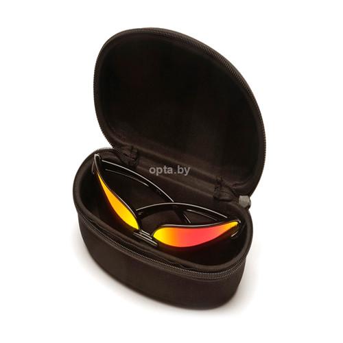 Очки солнцезащитные в чехле